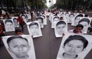 Mexiko: Eltern der 43 verschwundenen Studenten machen Druck auf Amlo - Alexander Gorski
