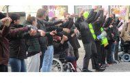 """""""Nach und nach haben sich mehr Antifas mobilisiert und die Faschos aus den Demos gejagt"""" - Gelbwesten in Frankreich - Felix Broz"""