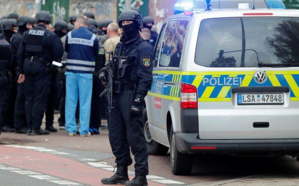 Rechtsterrorismus »Die Schießerei hat ewig gedauert« - Susan Bonath