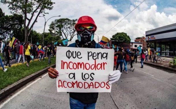Erste Reihe des Widerstands - Mayo Calle